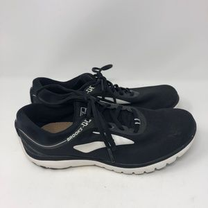 Womens SZ 10 Brooks Pure Flow 7 Running Shoes Blac